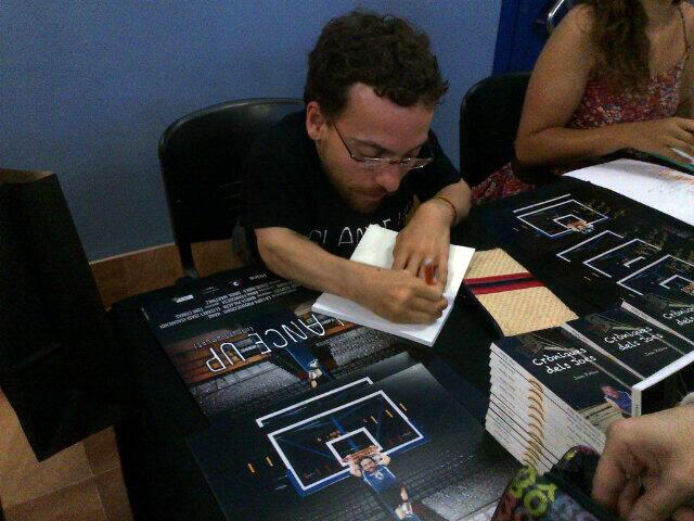 Signant llibres